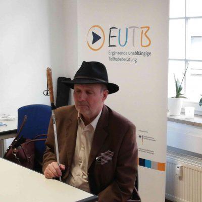 Der Behindertenbeauftragte Thüringens am Stand der EUTB